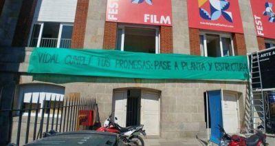 Trabajadores del Auditorium visibilizaron reclamo en el Festival de Cine