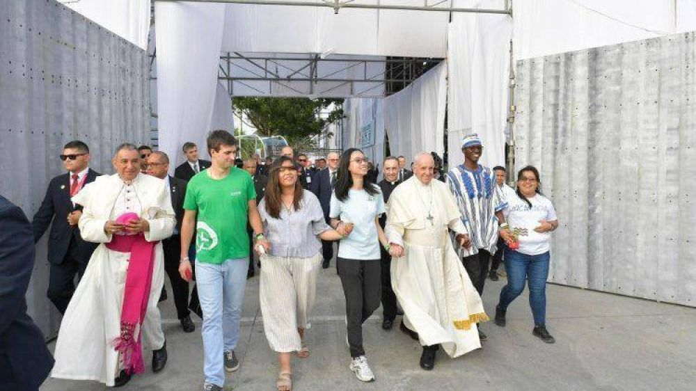Los jóvenes son el terreno fértil que Dios regala a los cristianos