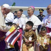 32° Viaje Apostólico: El Papa Francisco llegó a Tailandia