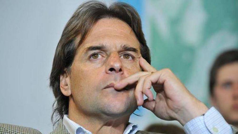 """Lacalle cruzó a Astori sobre posibilidad de baja del combustible: """"Son una propuesta electoral"""""""