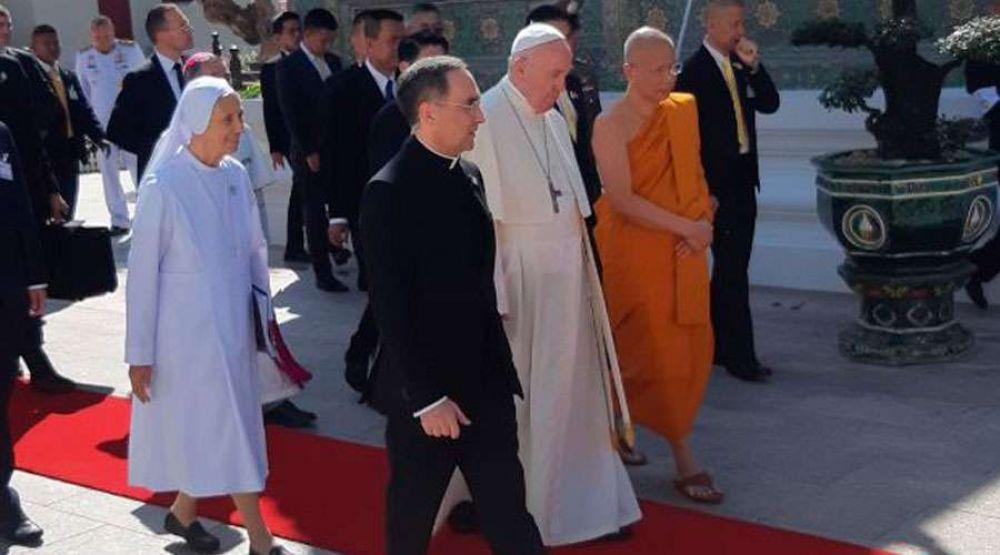 El Papa invita a estrechar la amistad entre cristianos y budistas