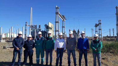 Autoridades de Santa Cruz recorrieron las obras del Parque Eólico Cañadón León y la línea 132KV