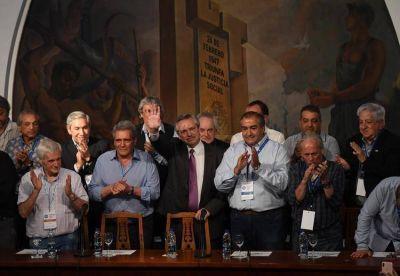 Quiénes son y cómo piensan los tres sindicalistas más cercanos a Alberto Fernández