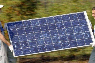 Cada vez más empresas producen su propia electricidad y venden lo que les sobra a la red