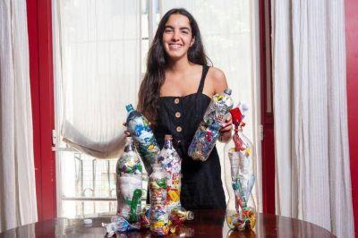 Botellas de Amor: la forma de reciclar plásticos que unió a miles de jóvenes
