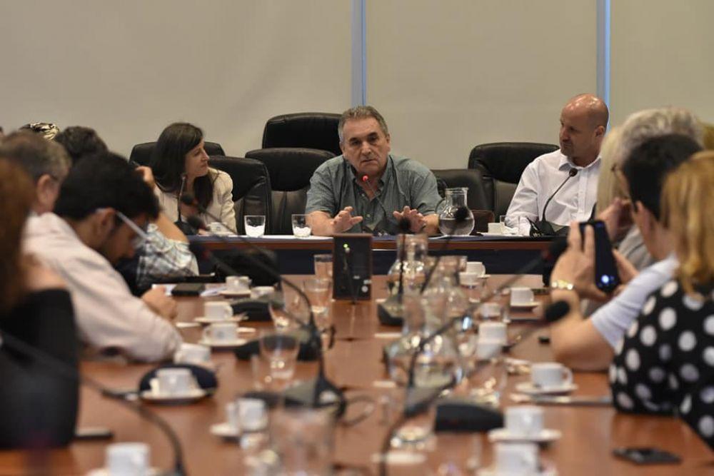 Presentan proyecto de ley para declarar de interés federal al Puerto de Buenos Aires