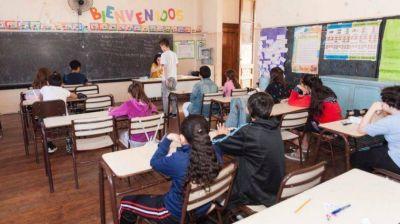 Marchan al ministerio de Educación porteño para reclamar