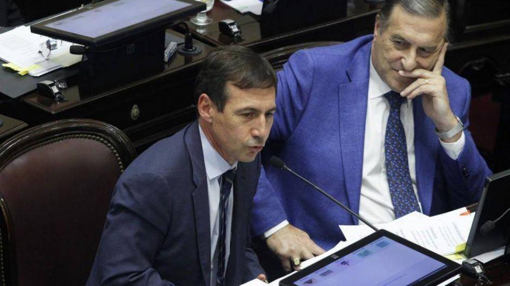 Se empantanó la elección de la UCR del Senado y llaman a Nosiglia