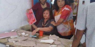 Denuncian a Vidal: se cayó el techo de un aula y casi muere una docente, en Florencio Varela