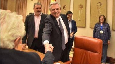 Alberto Fernández ratifica su alianza con los industriales y abre la cumbre de la UIA