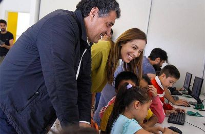 María Eugenia Vidal se mostró en Vicente López junto a Jorge Macri