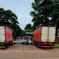 Ex empleados impiden el ingreso de camiones a planta de Coca-Cola
