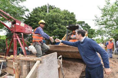 Fernando Gray supervisó avance de obra primaria cloacal en el Jagüel