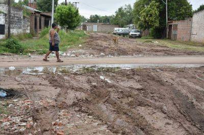 Desagüe Espora: la obra no se terminó y los vecinos padecen las consecuencias