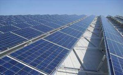 Conectaron energía solar a distribuidora