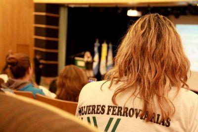 Video: La Unión Ferroviaria colmó el auditorio central con la 15° Jornada de la Mujer