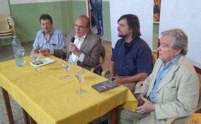 El Padre Pepe visitó el Barrio Concordia
