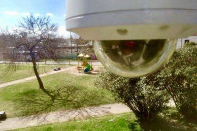 Morón: Se instalaron 720 cámaras y se incrementó la seguridad