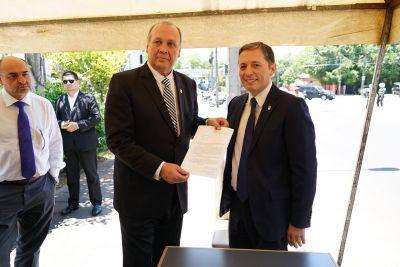Fernando Gray homenajeó al Gral. Juan Domingo Perón a 66 años de su primera visita a Paraguay