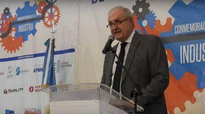 """Moretti (UIA): """"Para poder contener a todos, la Argentina debe ser industrial"""""""