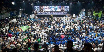 Con más de 5.000 dirigentes de todo el país, se relanzó la Juventud Sindical Peronista de la CGT