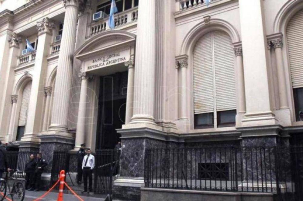 Qué hará Alberto Fernández para meter a los bancos en caja
