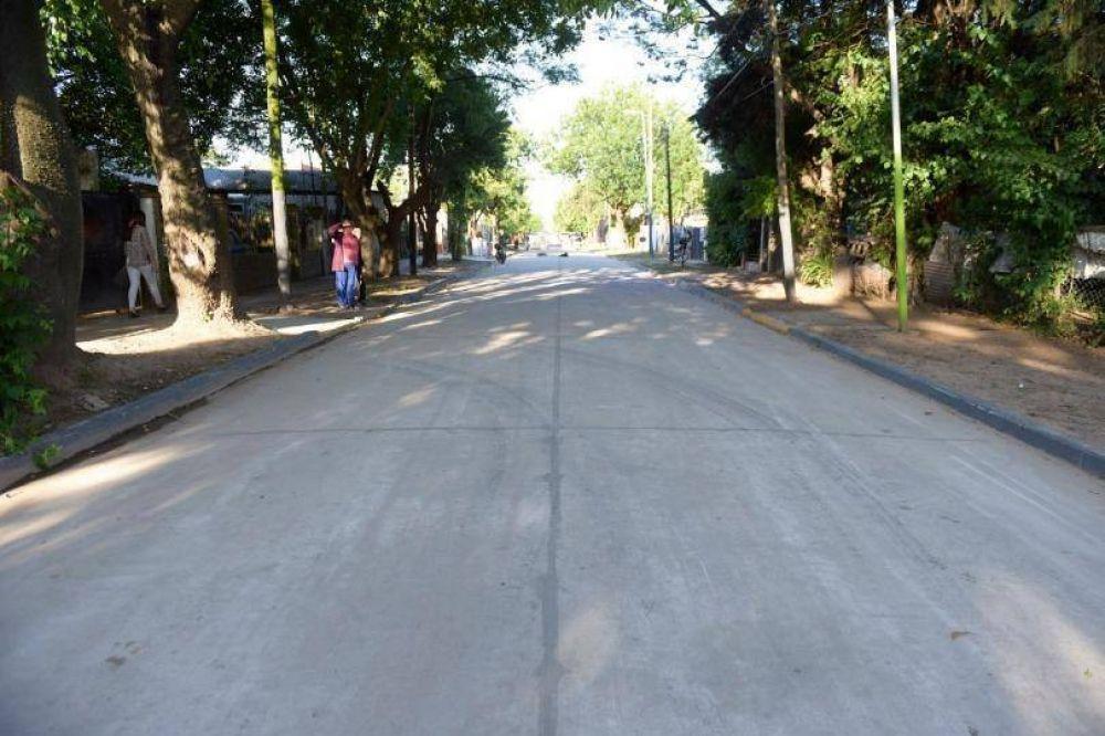 Se inauguró el pavimento de la calle Murguiondo