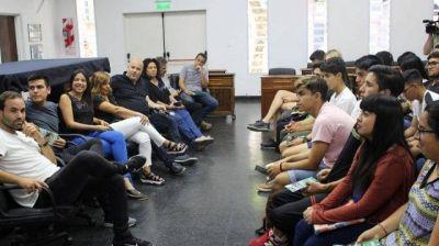 """""""Jóvenes parlamentarios"""" impulsan proyectos que luego se plasman en la gestión municipal"""