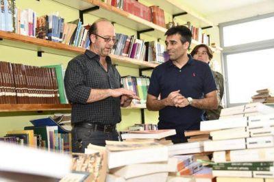 """En la Escuela Técnica Nº1, López observó la finalización de ampliación de obra"""""""