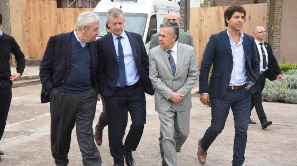 Monzó y Cornejo no rompen, pero arman líneas internas para complicar a Macri