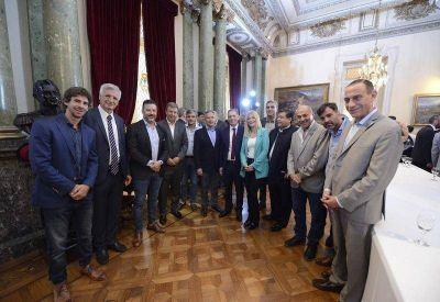 Los intendentes del PJ, presentes en la jura de los nuevos diputados nacionales