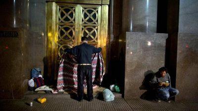 Según la UCA, la pobreza en la Argentina llegó al 40,8% y es la más alta de la década