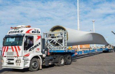 YPF Luz inicia el traslado de los equipos de su parque eólico en Cañadón Seco
