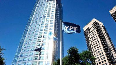 YPF: Renunció uno de sus directores