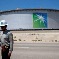 Saudi Aramco fija el precio de su salida a bolsa