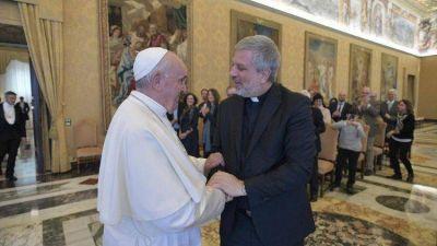 El Papa a redactores: dar espacio a la perspectiva de aquellos que son descartados