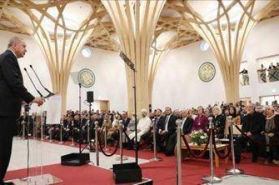 Inauguran la primera mezquita ecológica de Europa en el Reino Unido