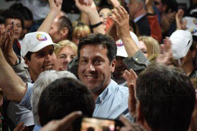 Escrutinio definitivo: Rojas le ganó a López por 19.942 votos