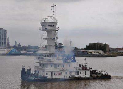 La FeMPINRA se declaró en alerta por conflicto con buque remolcador en Paraguay