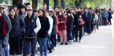 El desempleo en la ciudad porteña subió del 7,2 al 10,5%
