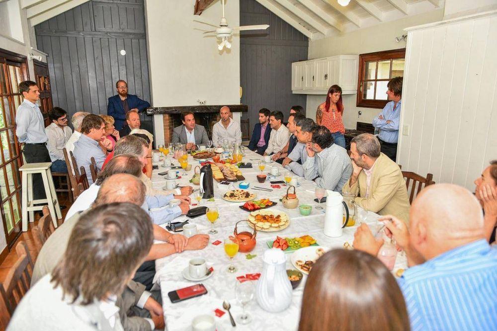 Ariel Sujarchuk mantuvo una reunión de trabajo con representantes de la industria del software y del conocimiento