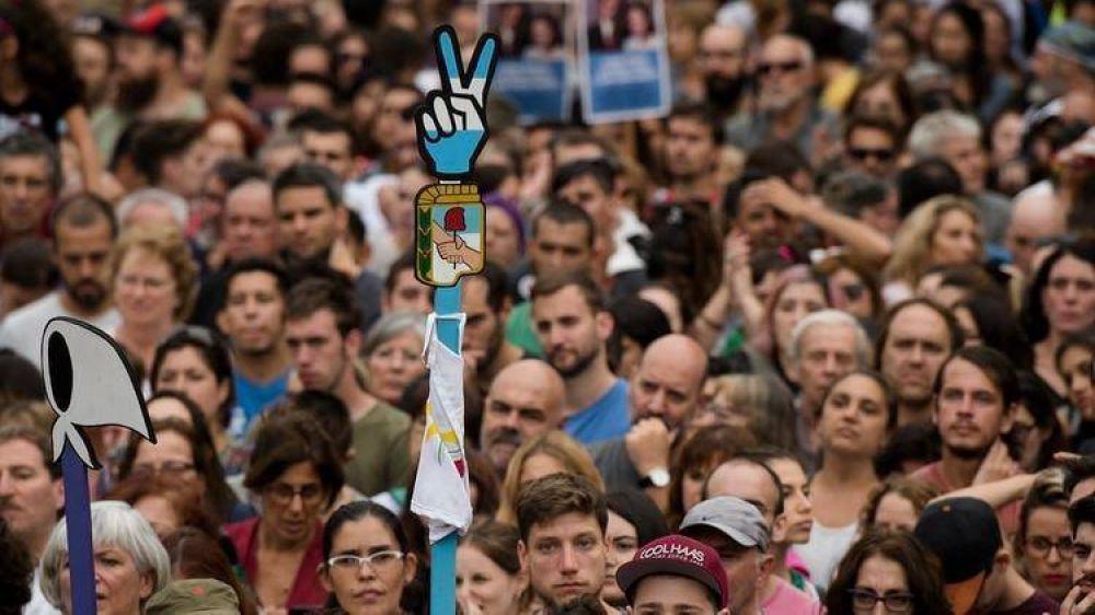 Los gremios preparan una masiva movilización para apoyar a Alberto Fernández tras la jura