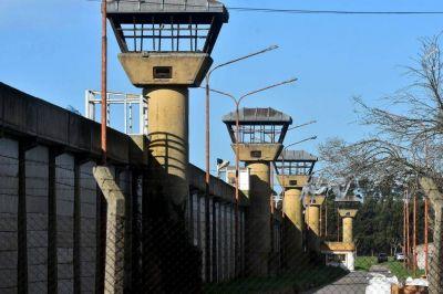 """Huelga de hambre en Batán: 700 presos protestan por la """"situación crítica"""" del penal"""