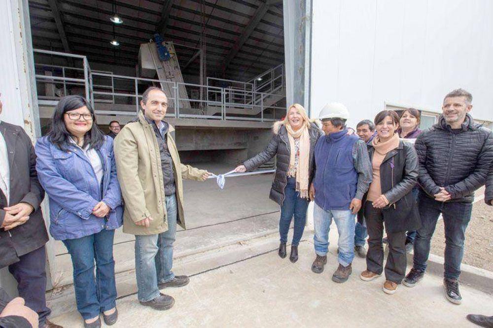 """La Gobernadora inauguró la planta de tratamiento """"Bahía Golondrina"""""""