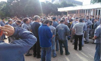 Los empleados toman la empresa cordobesa Materfer luego de otros 21 despidos
