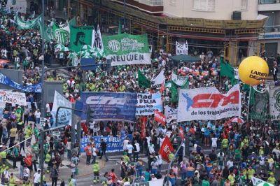 El sindicalismo mostró su apoyo con una movilización contundente