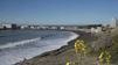 Sólo la costanera y las playas de zona norte están habilitadas para el verano