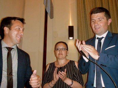 Rojas juró como intendente de Necochea y anunció que declarará la emergencia económica en Necochea