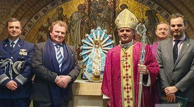 Virgen de Luján es entronizada en Gran Bretaña para perpetuar la devoción