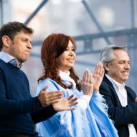 Kicillof asume el mando de la provincia de Buenos Aires con la presencia de Alberto y Cristina